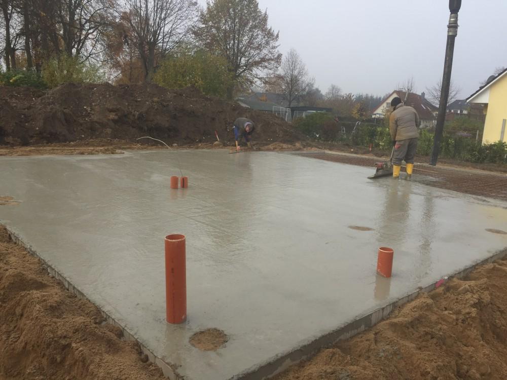 5 Baustelle Cambs, fertige Bodenplatte